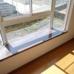 洋室2出窓